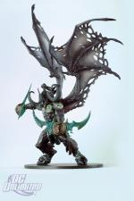 Figurine Illidane (serie 5 de DC Unlimited)