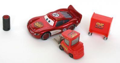 L'échelle est bien respecté par rapport à Flash McQueen.