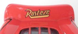 L'aileron arrière a été corrigé, il y a maintenant le nom du sponsor contrairement aux précédentes versions.