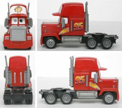 Jusqu'à présent, toutes les versions de Mack qui ont été éditées ont toujours repris ce modèle en plastique.