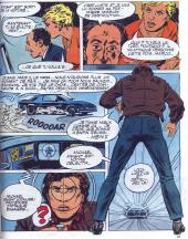 Mickaël porte dans la BD un blouson de cuir marron au lieu de son habituel blouson noir que l'on voit dans la série TV.
