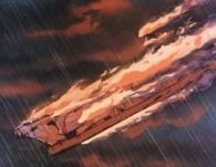 Le Yamato s'embrasse et s'écrase dans les eaux de la mer