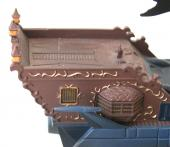 le pavillon n'est pas présent sur la nacelle arrière, mais la barre de navigation est bien là