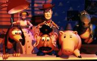 Woody et les jouets