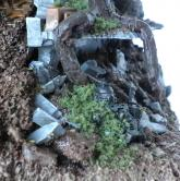 Le second cadavre de Black Templar est situé dans la ruine à l'avant gauche de l'épave de Land Raider (Warhammer 40K)
