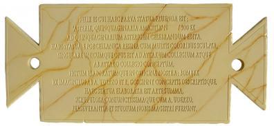 Le certificat d'authenticité est inspiré des titres de propriété donnés par César à ses légionnaires dans l'album « Le cadeau de César »