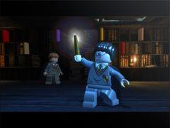 Harry Potter en Lego avec sa baguette