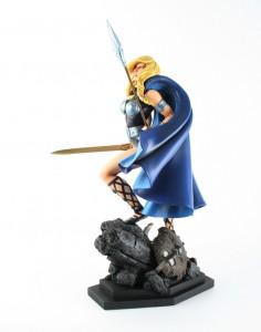 Image complète de la figurine Valkyrie par Bowen Designs