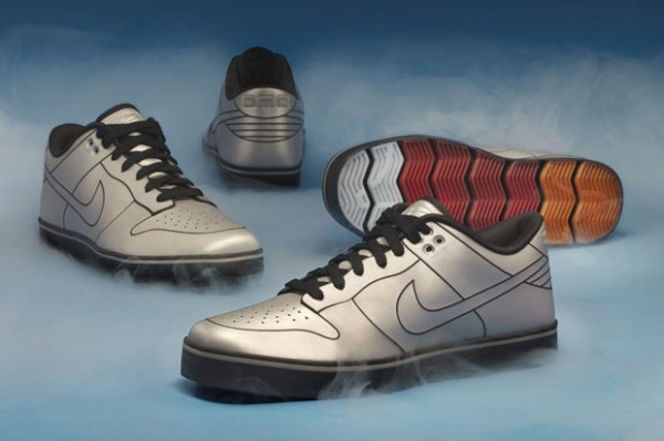 Nike DeLorean shoes-1