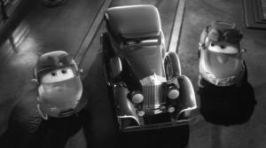 Mia tente de se justifier et de protéger Martin (Cars Toon - Pixar)