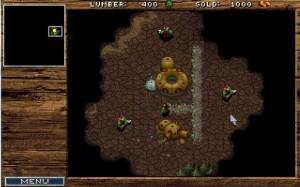 Dans Warcraft 1, l'interface orc est quasi la même que les humains. Seule la couleur de fond change