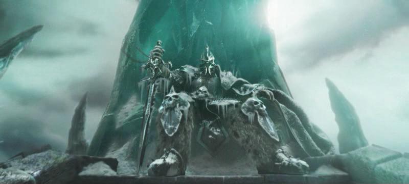 Arthas, le roi liche assis sur son trone