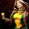Gros plan sur le visage de Rogue (figurine de Sideshow Collectibles)