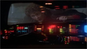 K.I.T.T. libère Michael de prison - K2000 - Knight Rider