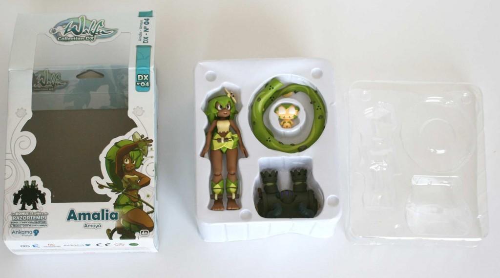 Contenu de la boîte de la figurine Wakfu DX d'Amalia