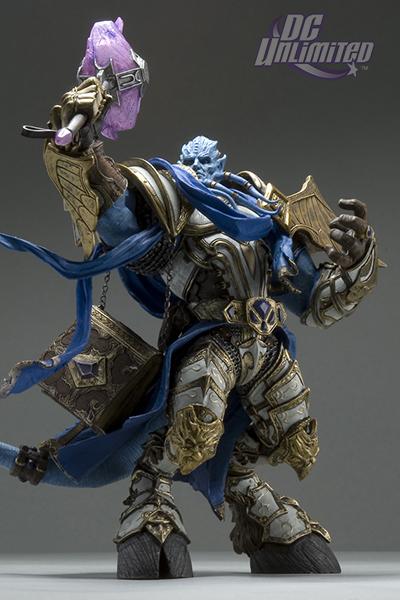DC Unlimited : World of Warcraft – Series 2 – Paladin draenei Redresseur de torts Maraad