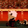 Le Boufbowler Masqué regarde Kriss essayant de sortir sa tête du sol (Wakfu - Boufbowl)
