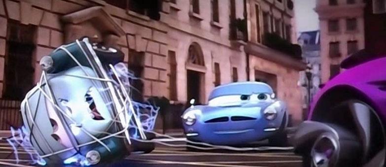 Le Professeur Zündapp est capturé mais il ne peut désactiver la bombe (Pixar - Cars 2)
