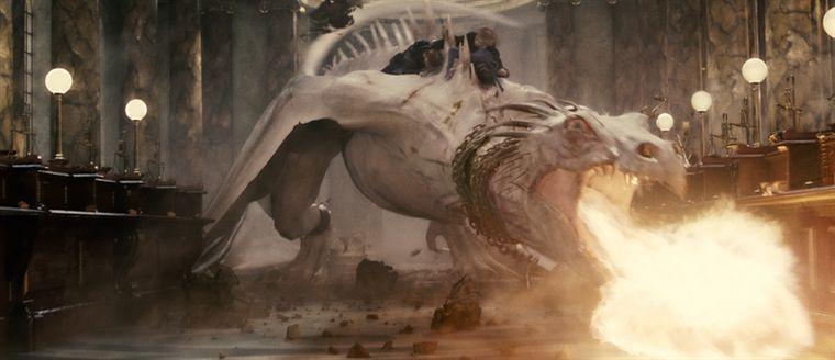 Un dragon du film Harry Potter et les reliques de la mort part 2
