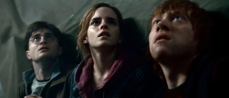 Harry, Ermione et Ron dans le film Harry Potter et les reliques de la mort part 2