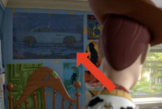 Finn McMissile apparaît dans Toy Story 3 sur une affiche