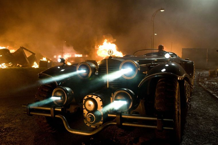 Voiture des annes 40 dans le film Capitain Americ