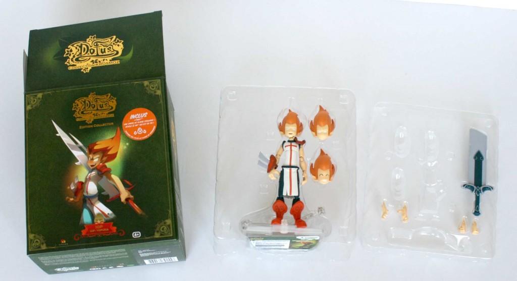 L'emballage de la figurine iop peut être réutilisé pour ranger après usage (Dofus Krosmoz)