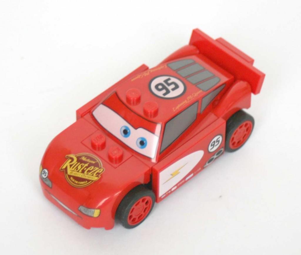 Lego_8200_flash_McQueen_Cars_13