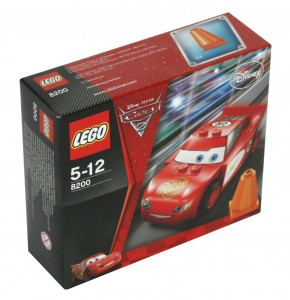 Packaging du Lego 8200 - Flash McQueen (Cars 2)