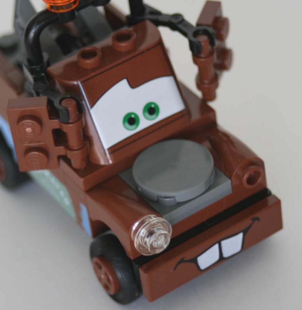 Lego_8201_Martin_Cars_13