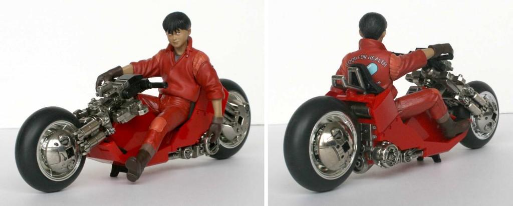 Akira_moto_Kaneda_s_Bike_Bandai_desosse_09_trois-quart-kaneda