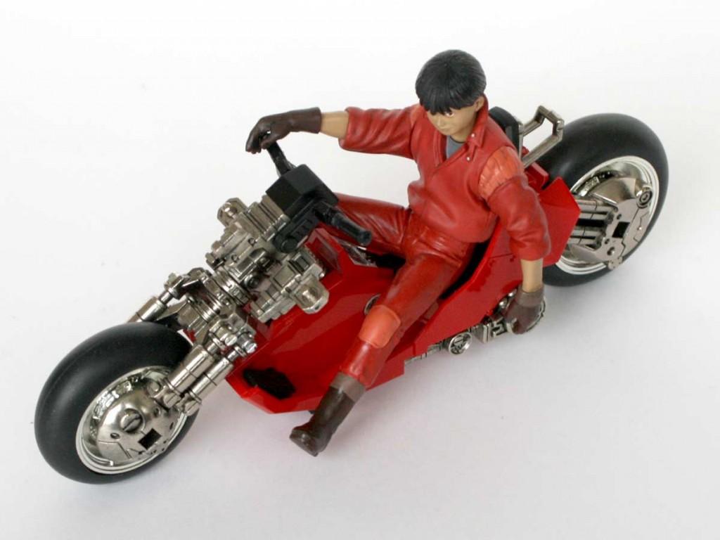 Akira_moto_Kaneda_s_Bike_Bandai_desosse_10_kaneda