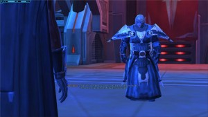 Dark Baras lance un défi à son apprenti devant le conseil noirdans Star Wars : The Old Republic