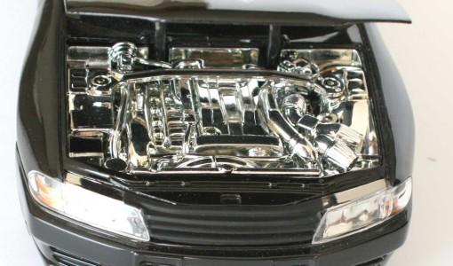 Le moteur de la GTR 32 est intégralement chromé