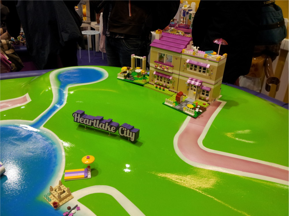 Reproduction de Heartlake City à Kid Expo