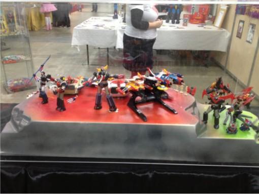 Vitrine avec des figurines tirées de l'univers de Go Nagai