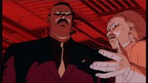 Le Colonel discute avec un scientifique car l'aura de Tetsuo est proche de celle d'Akira