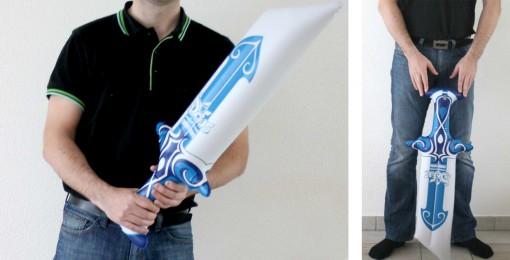 l'épée gonflable Dofus est faite pour des mains d'adultes