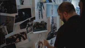 Les réalisateurs d'effets spéciaux font des recherches pour réaliser Dark Coteur Castafolque