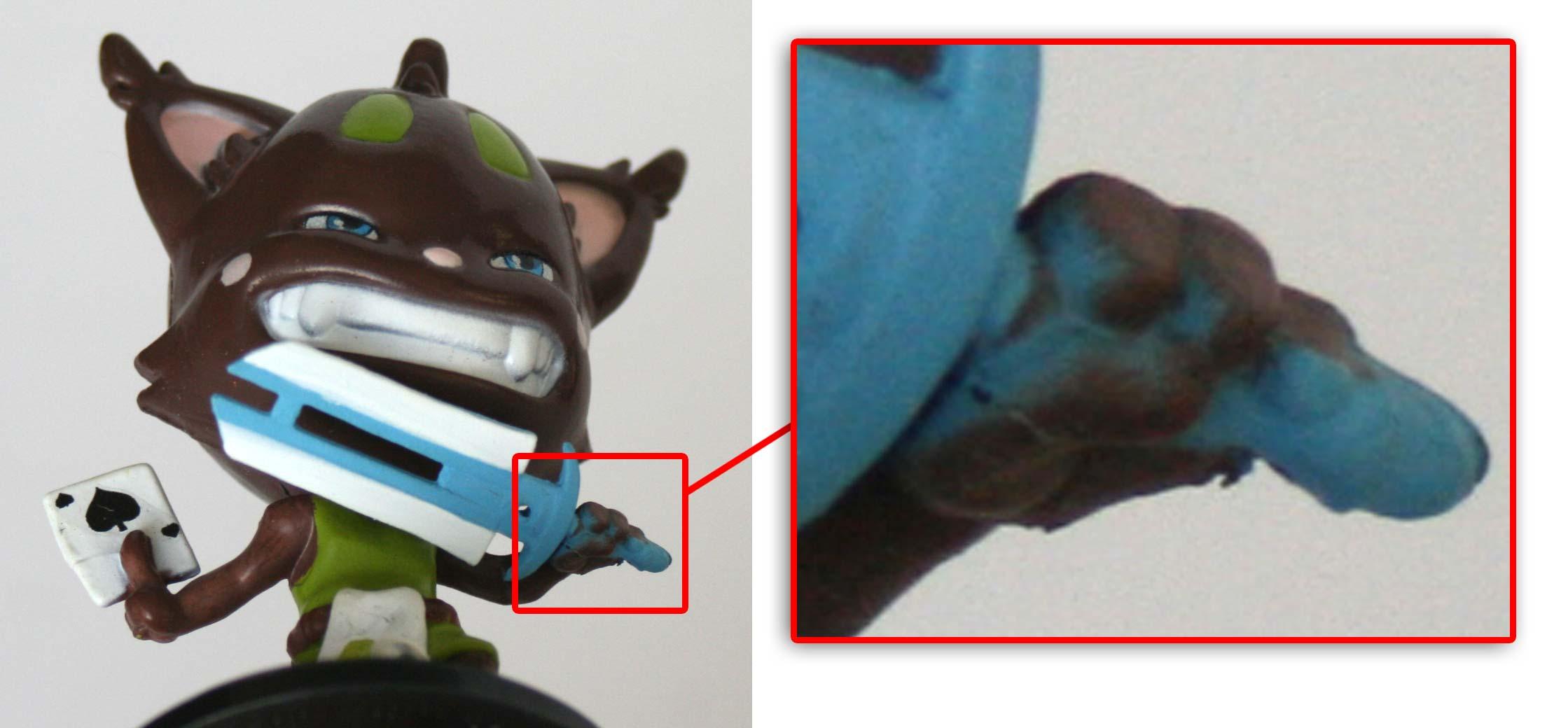 La main de Naz Raël a été peinte en même temps que le manche