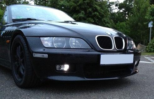 BMW Z3 avec feux LED Diurne