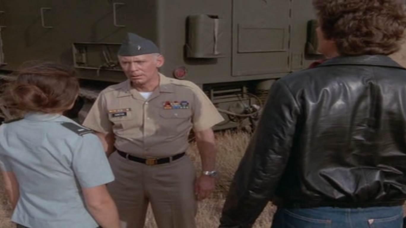 Général Duncton arrêté par Robin et Michael