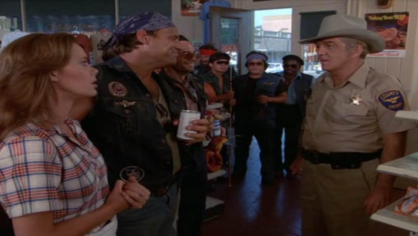 Le Sheriff parle au gang