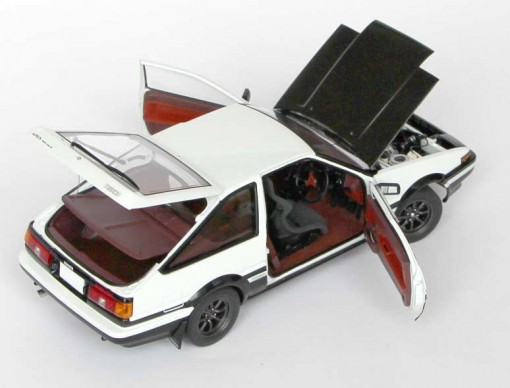 Toyota AE 86 - AUTOart - Initial D haillon