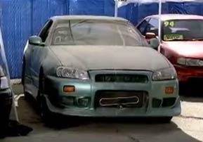 Nissan Skyline au Moment où Brian l'achète (Fast Furious)