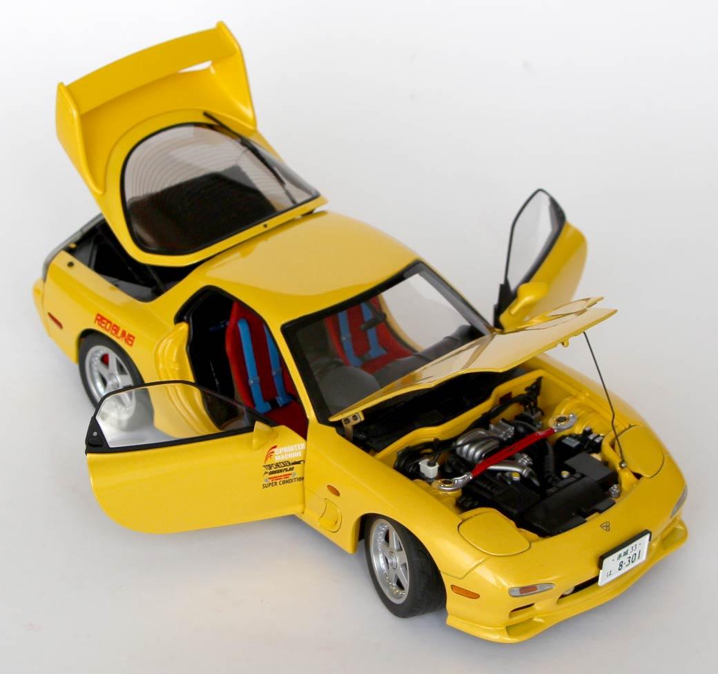 partie mobiles de la Mazda RX 7 AUTOart - Initial D