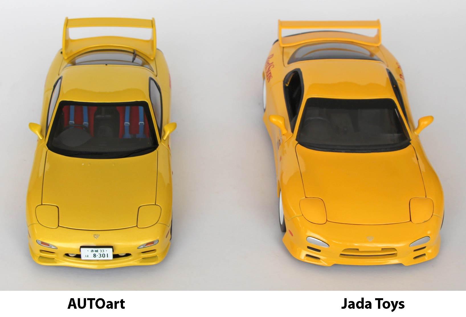 Comparaison de la RX-7 Initial D de Jada Toys et AUTOart
