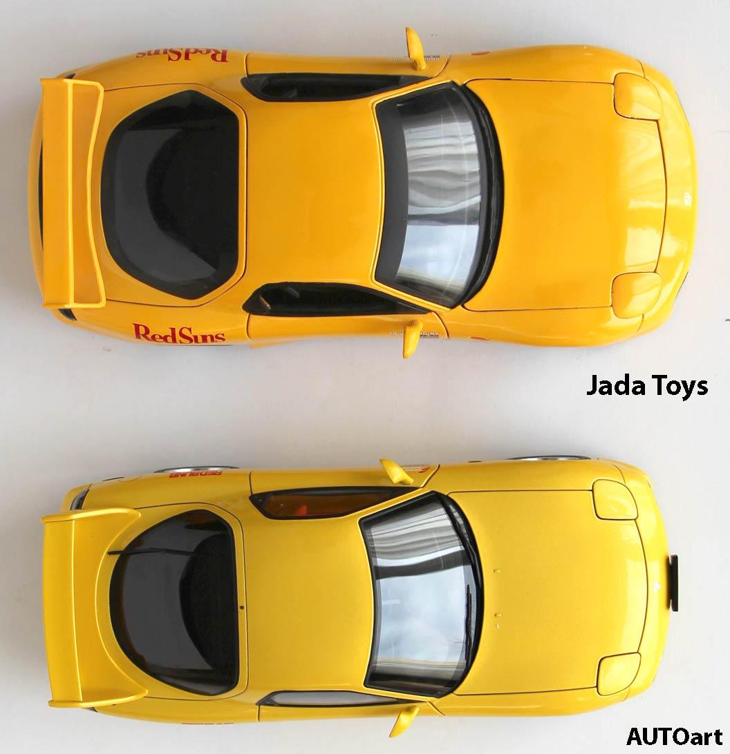 Mazda RX 7 AUTOart et Jada Toys comapraison - Initial D