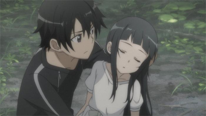 Quand Kirito rejoint Yui, elle est évanouie et amnésique