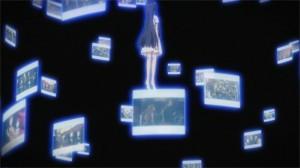 Yui espionne les gens avec pour objectif de les aider. Mais l'ordre de Kayaba a changé la donne